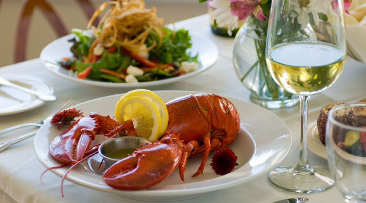 60 Lobster Dinner Quelle Discover New England CRD Int.