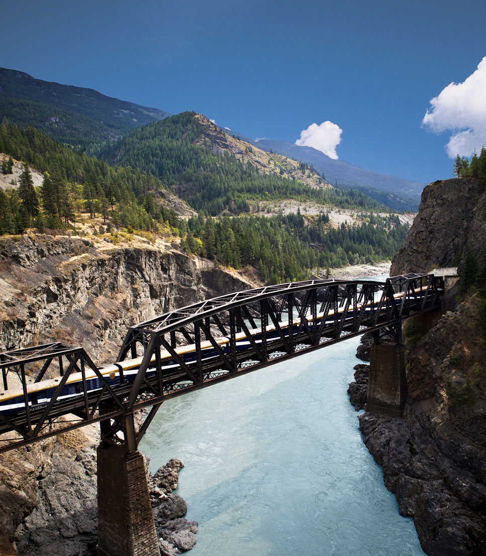 Hauptmotiv/Bahnreise/Rocky Mountaineer Canada/Journey through the Clouds/01