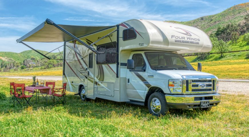 Camper/Roadbear/Type C 25-27ft/01