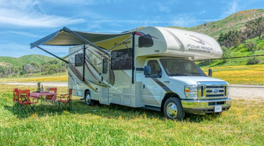 Camper/Roadbear/Type C 28-30ft/01