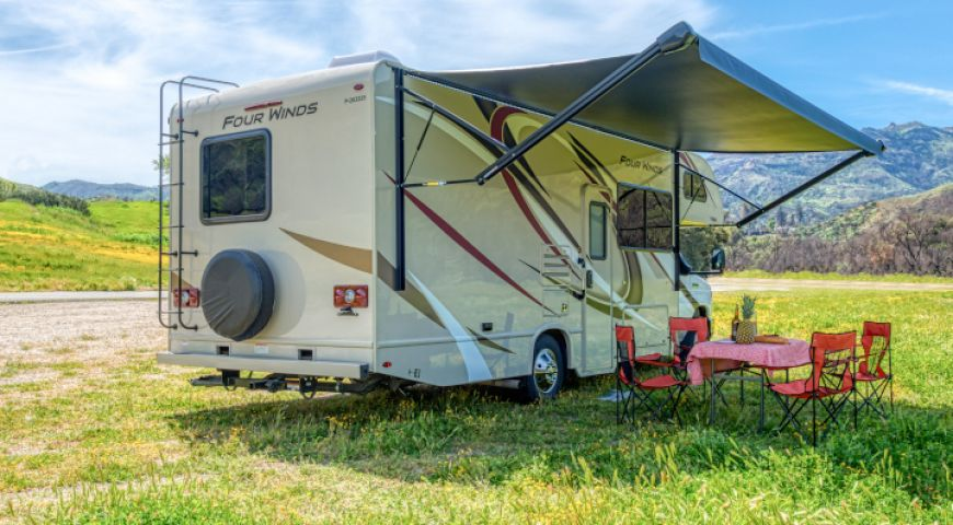 Camper/Roadbear/Type C 25-27ft/03