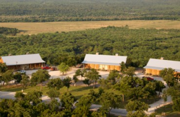 Wildcatter Ranch & Resort Cabin Suites