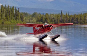 Wasserflugzeug - Frances Lake Lodge
