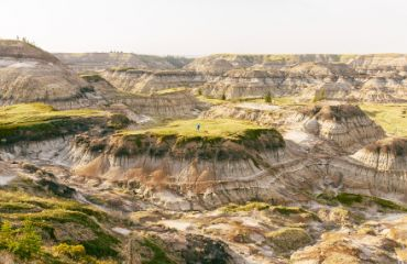 Spannende Wanderung in den Badlands I Foto: Travel Alberta