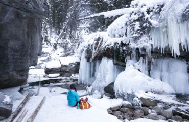 Picknick im Johnston Canyon | ©Travel Alberta / Anthony Redp